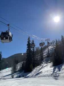 Vail Ski Resort - Vail shuttle - Vail to Denver shuttle